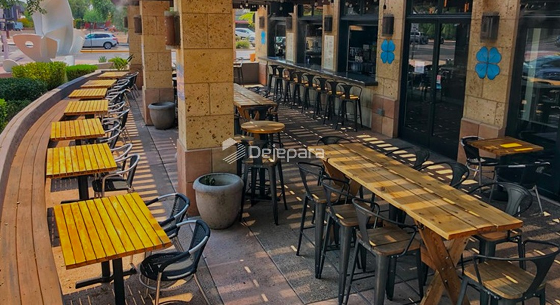 Restaurant Patio